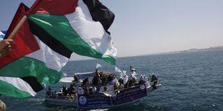 16 morts dans un assaut israélien meurtrier contre la flottille en route vers Gaza - LeMonde.fr